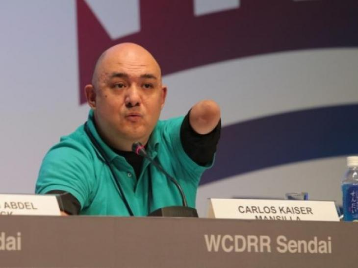 Carlos Kaiser hablando de una de las sesiones de la Plataforma Global sobre RRD, en Sendai